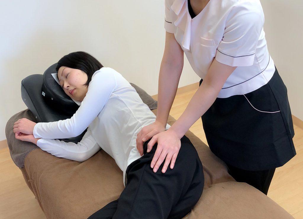 当院では産後のママのための骨盤矯正をおこないます。